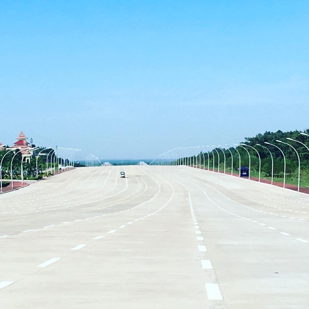 Straße in Naypyidaw