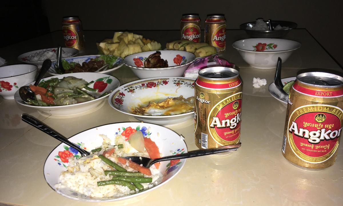 Essen beim Fahrer Kunh