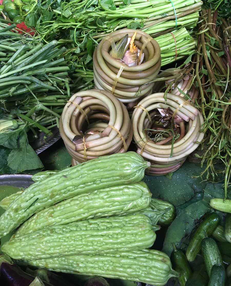 Gemüse mit Bittergurken (wirklich bitter)