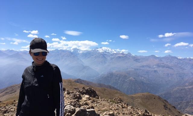 Aussicht auf Santiago und die umgebenden Berge (nach einem echt anstrengenden Hike mit über 1800 Höhenmetern)