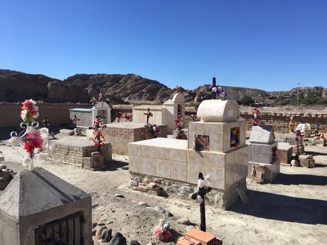 Friedhof mitten in der Wüste zwischen Cafayate und Cachi