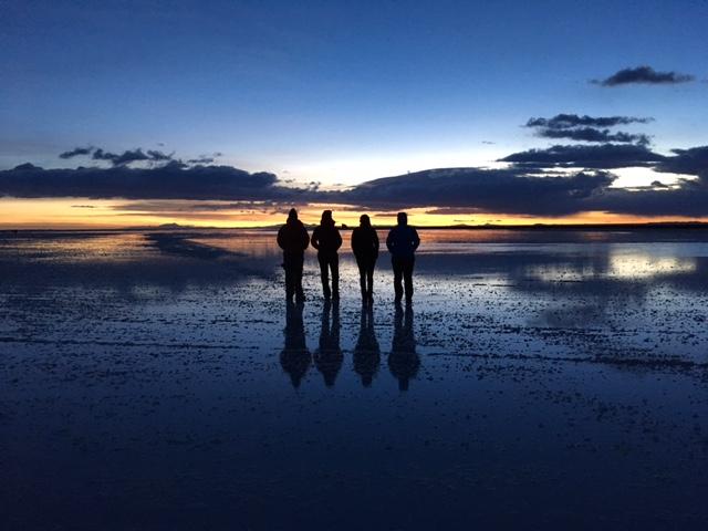 Sonnenaufgang im Salar de Uyuni.