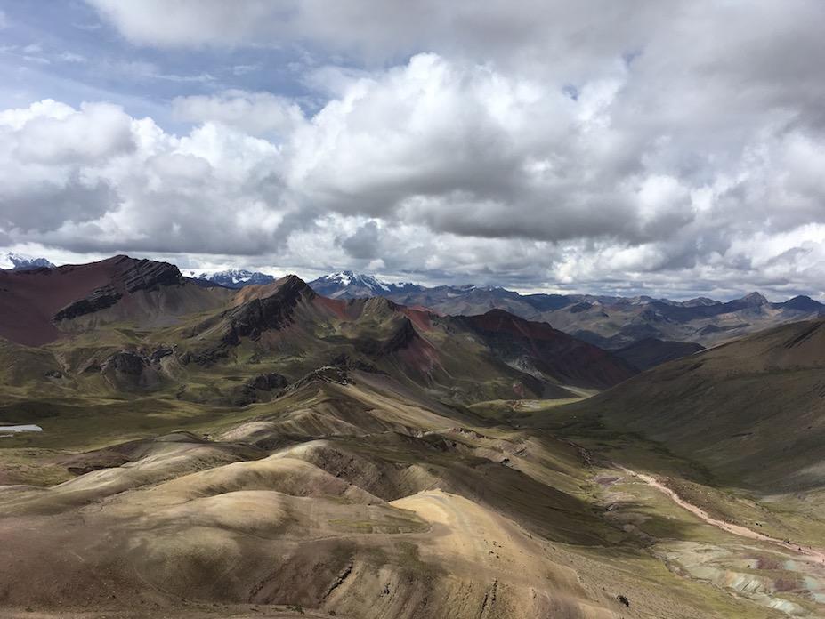 Blick vom Rainbow Mountain