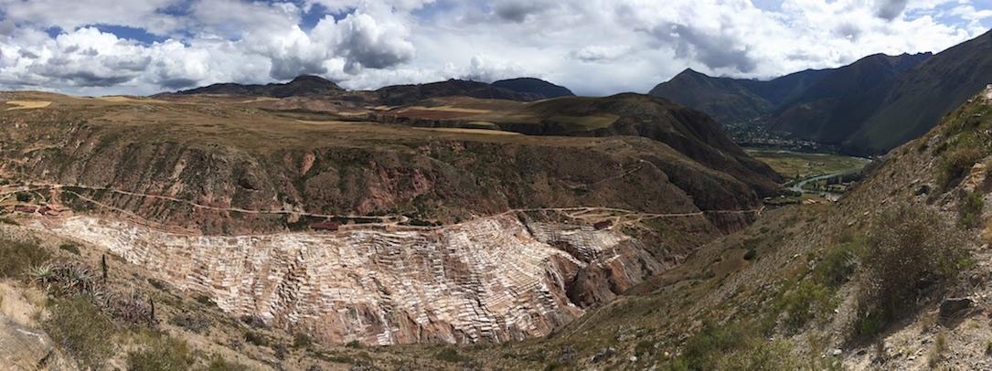 Salinas de Maras im Valle Sagrado: Diese Salzterrassen stammen ebenfalls aus Inkazeiten.