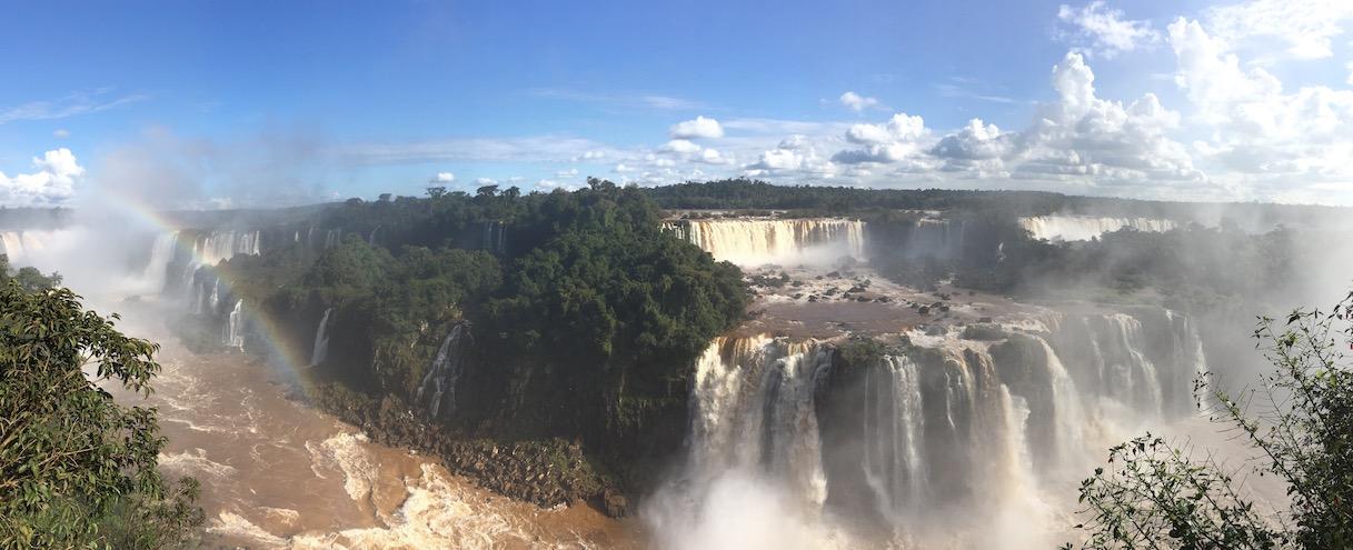 Iguaçu-Fälle - man kann die Dimension leider nicht einfangen.