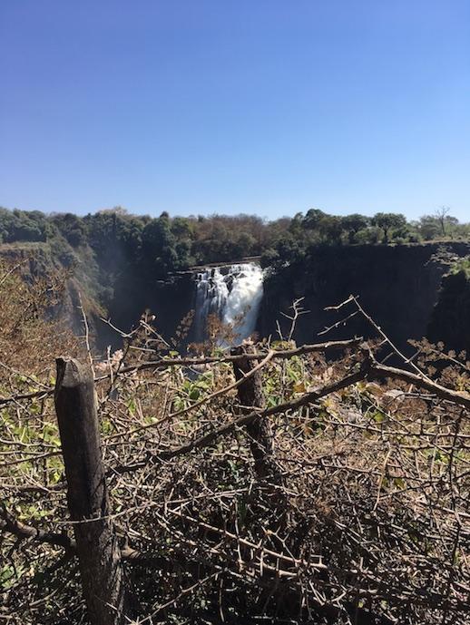 Vicfalls - Abzäunung auf afrikanisch